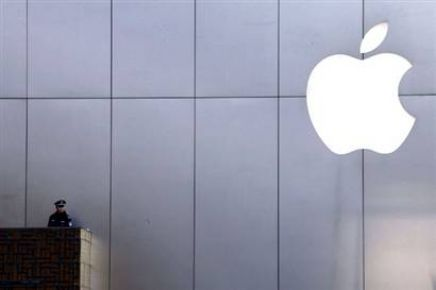 Apple ve Samsung'a darbe